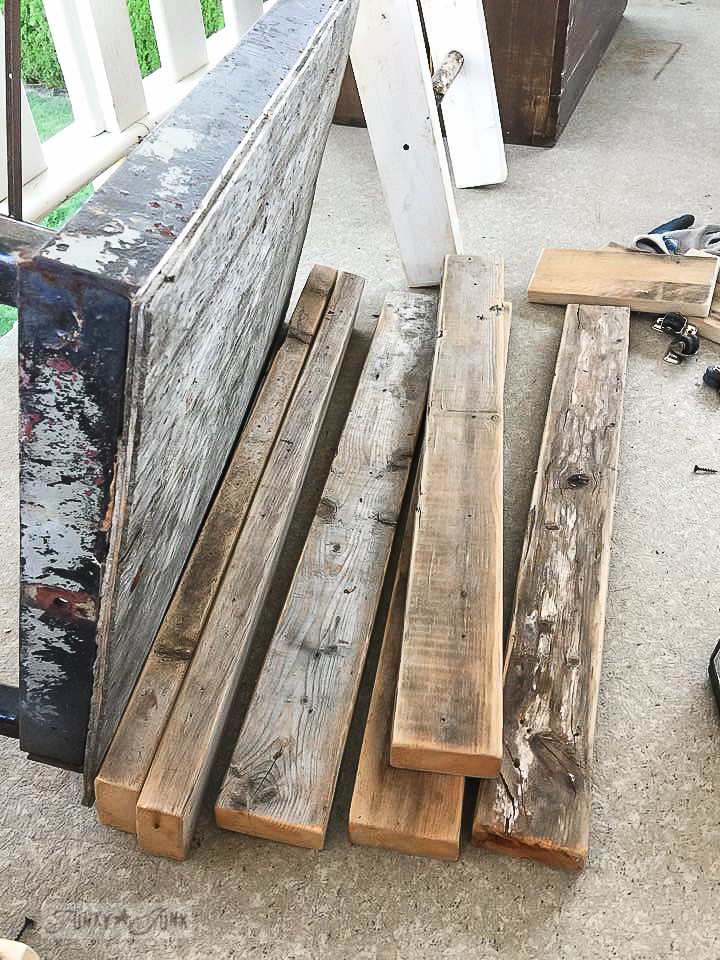 Taking apart reclaimed wood projects / funkyjunkinteriors.net