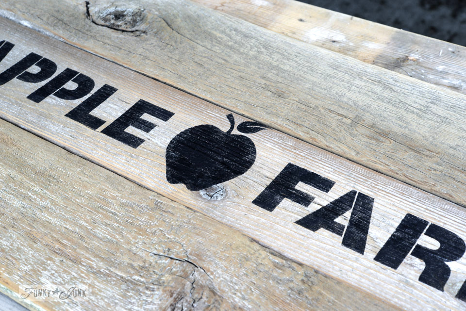 Apple Farm stencil / Reclaimed wood cutting board Apple Farm tray / funkyjunkinteriors.net