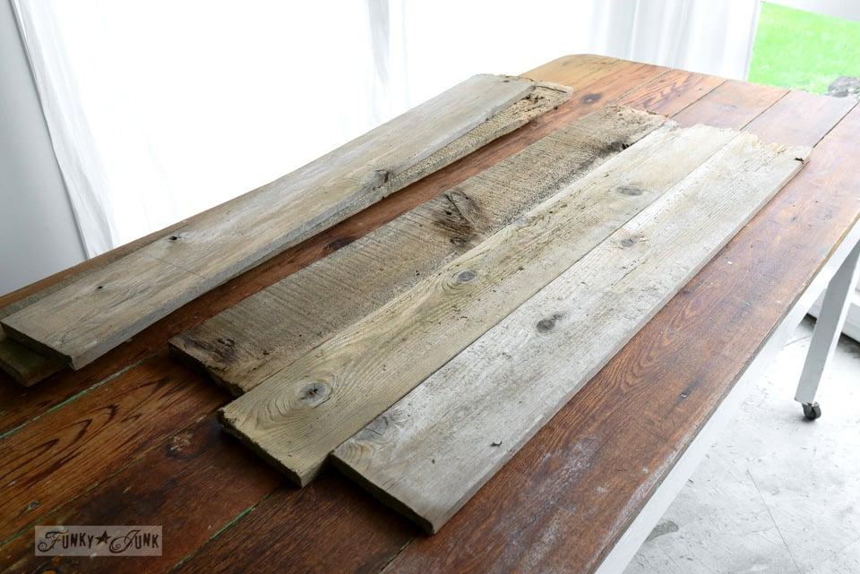 fence planks / Reclaimed wood cutting board Apple Farm tray / funkyjunkinteriors.net