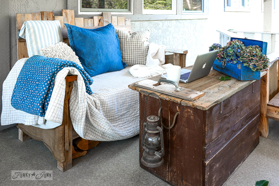pallet wood sofa sitting area on a patio / funkyjunkinteriors.net