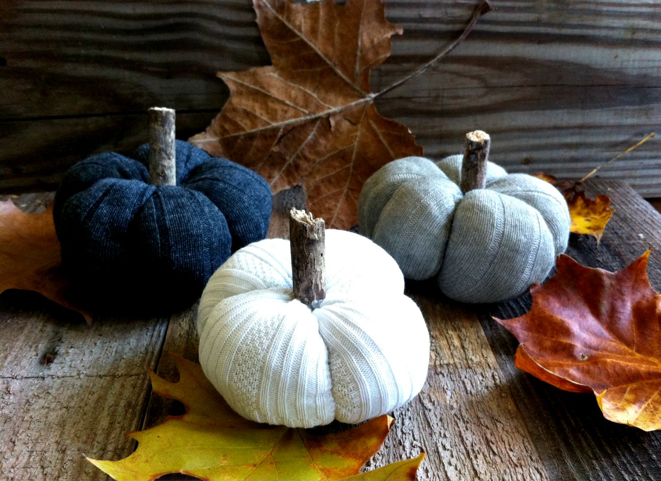 DIY sock pumpkins, by Mom in Music City, featured on Funky Junk Interiors