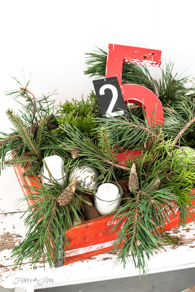 A mix of greens in this vintage coke crate Christmas candle centrepiece / funkyjunkinteriors.net