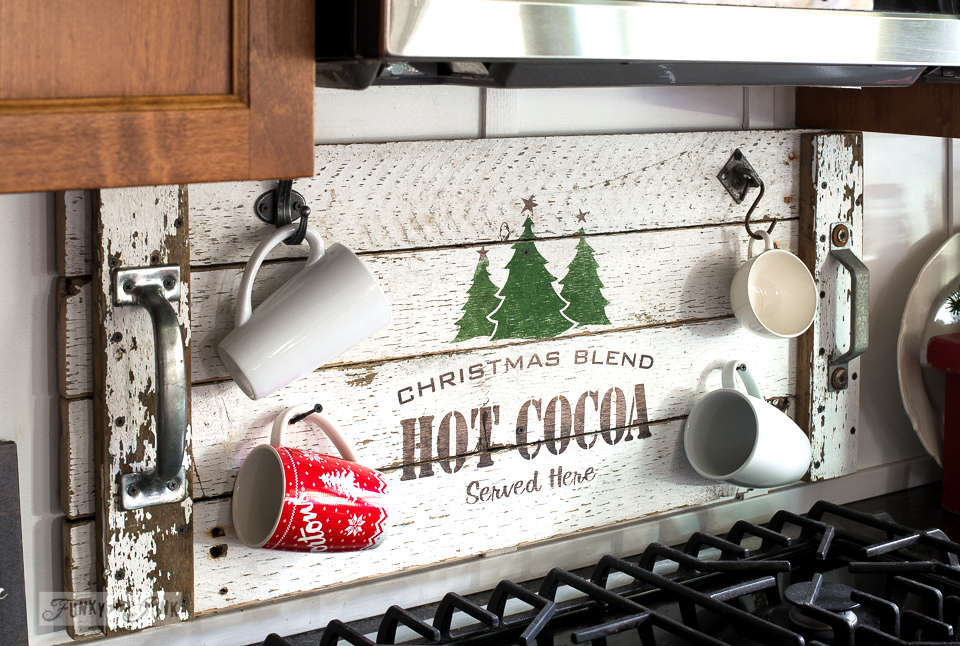 Hot cocoa tray mug holder