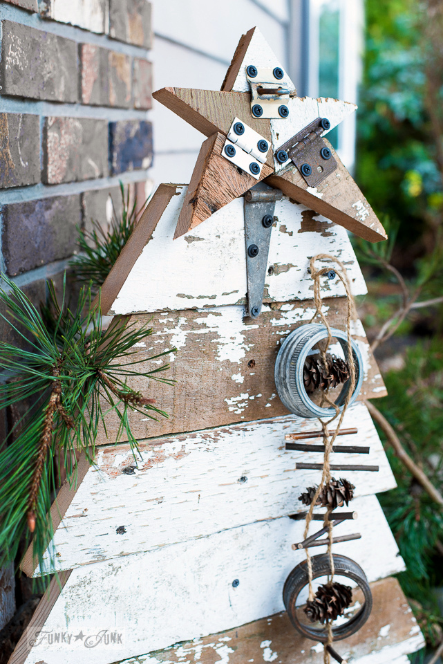Learn how to build this easy reclaimed wood Christmas tree and star for porch decor for Christmas... with no measuring! Click to full tutorial!