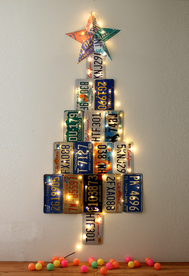 Licence plate Christmas tree, by A Piece of Rainbow, featured on Funky Junk Interiors