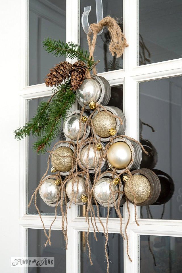 Mason jar rim Christmas tree wreath / funkyjunkinteriors.net