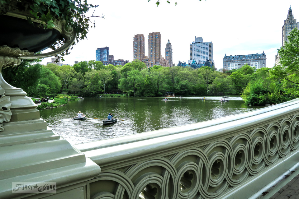 The intricate work of Bow Bridge in New York City's Central Park / funkyjunkinteriors.net