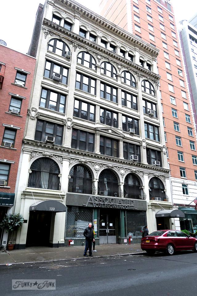 Historic building in Chelsea, New York City / funkyjunkinteriors.net