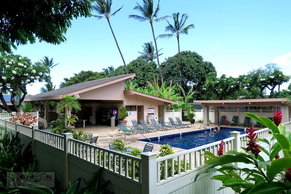 Condo pool in Maui | funkyjunkinteriors.net