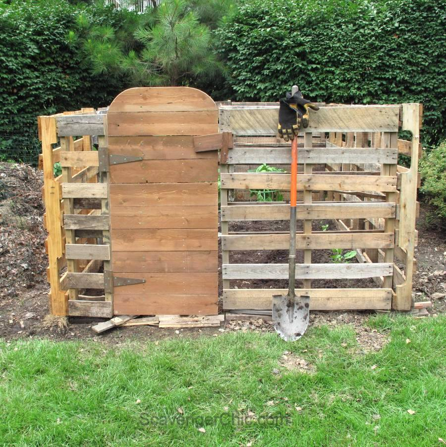 Pallet wood garden, by Scavenger Chic, featured on Funky Junk Interiors