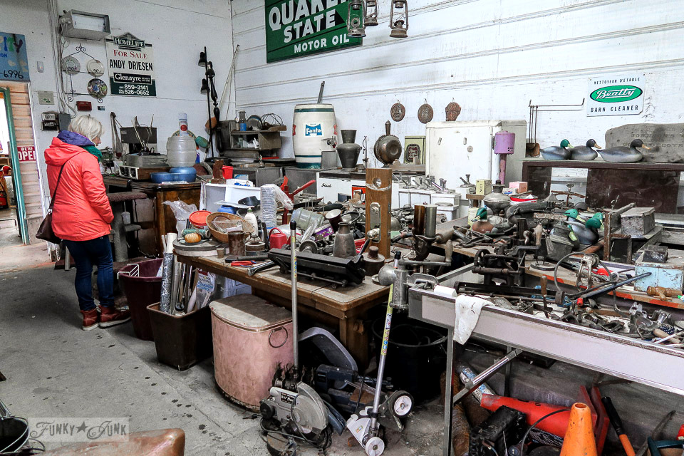 Welcome to Granny and Grumpa's, located in Abbotsford, BC Canada... where I shop for rusty junk! Click to take the full tour! #shopping #junk #antiquing