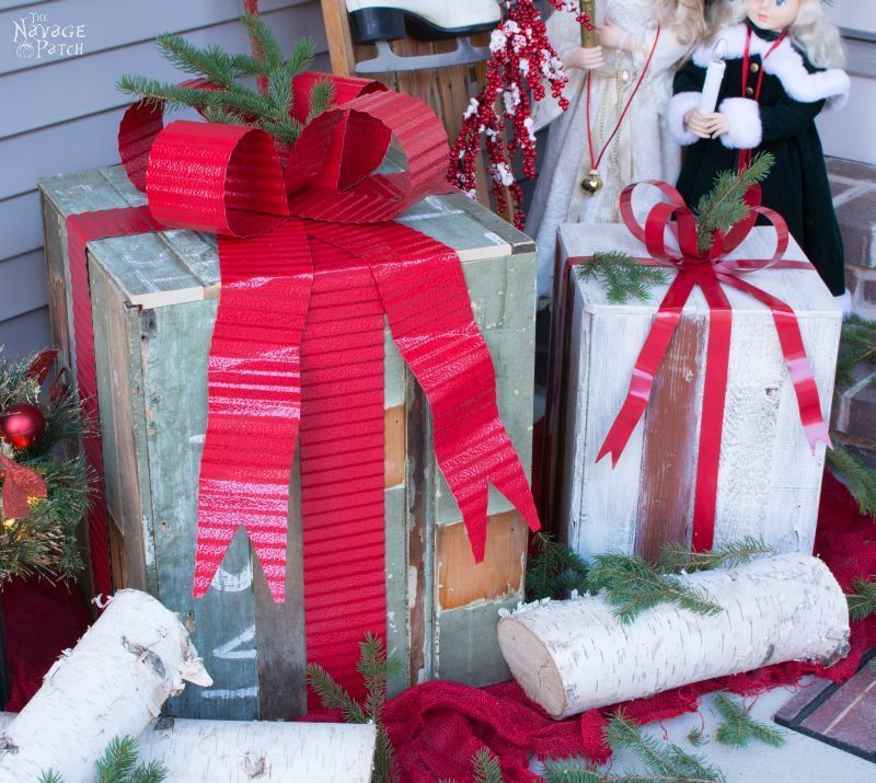 Reclaimed wood outdoor Christmas gifts, by The Navage Patch, featured on Funky Junk Interiors