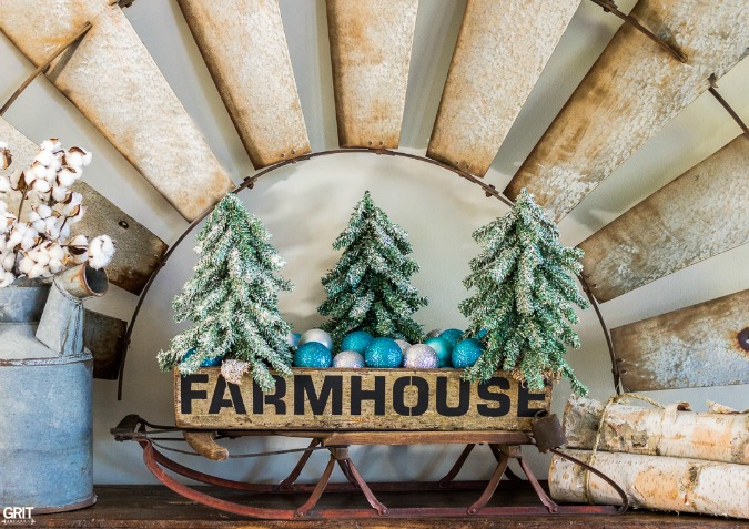 Reclaimed wood FARMHOUSE Christmas tote with Old Sign Stencils, by Grit Antiques, featured on Funky Junk Interiors