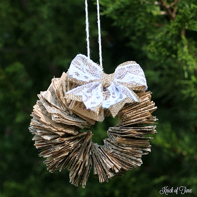 Rustic book page wreath Christmas ornaments using ring binders, by Knick of Time, featured on Funky Junk Interiors