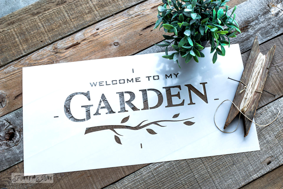 garden-funky-junks-old-sign-stencils
