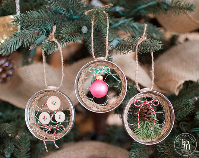 Mason jar rim chicken wire Christmas ornaments, by The Painted Hinge, featured on Funky Junk Interiors