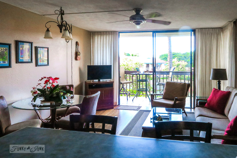 Beautiful, beach styled condo at Maui Vista in Kihei | funkyjunkinteriors.net