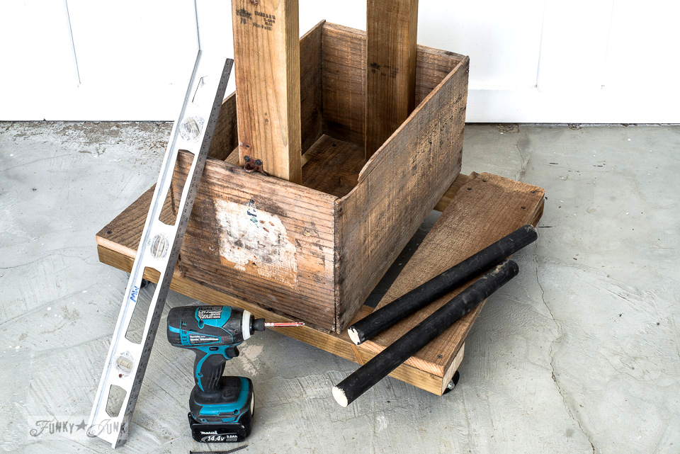 How to build the base for an old crate stencil storage trolley or portable mini closet | funkyjunkinteriors.net