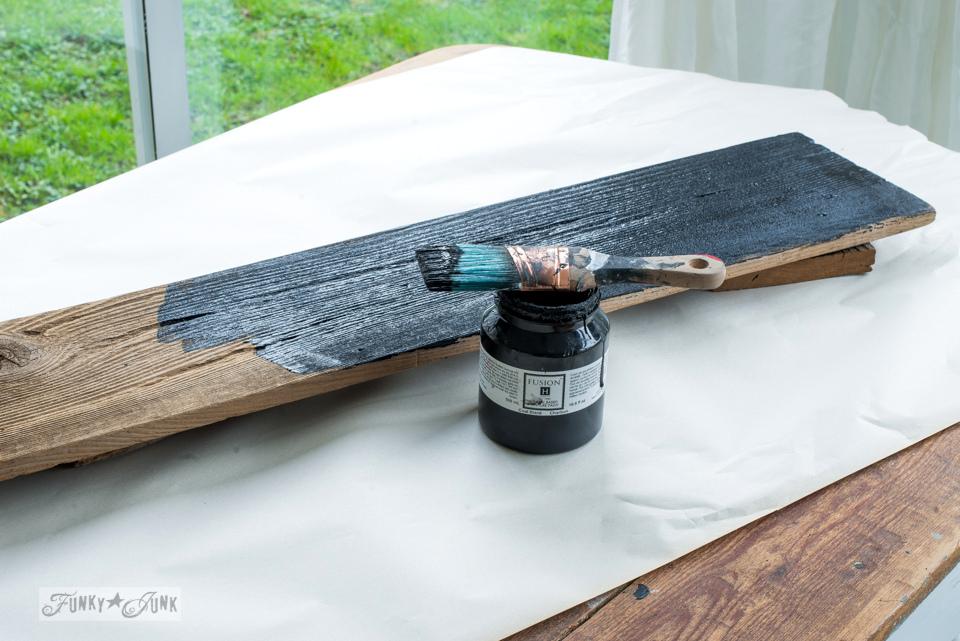 building a reclaimed wood farmhouse clock-007