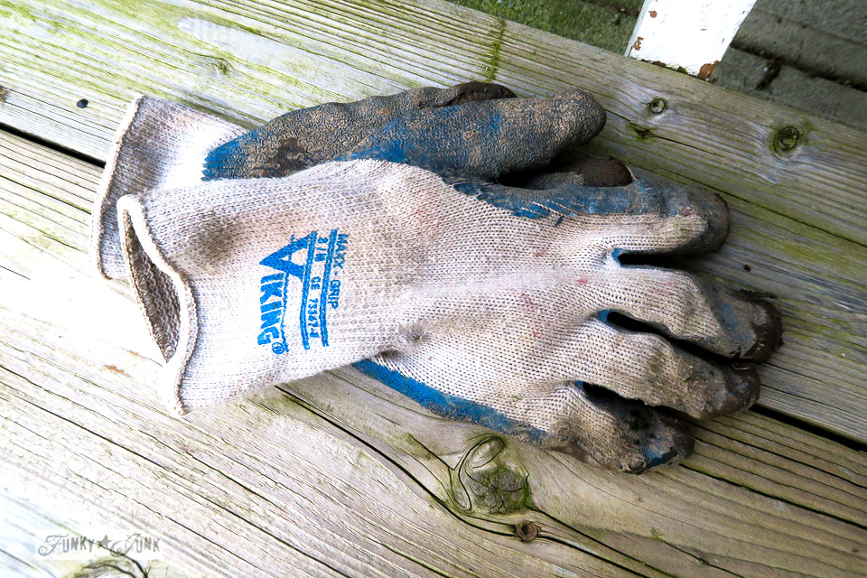 rubber tipped garden gloves