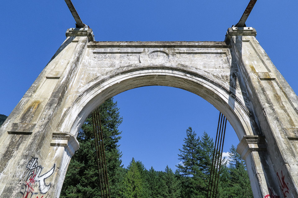Concrete details of the Alexandria Bridge, located just outside of Hope, BC Canada | funkyjunkinteriors.net