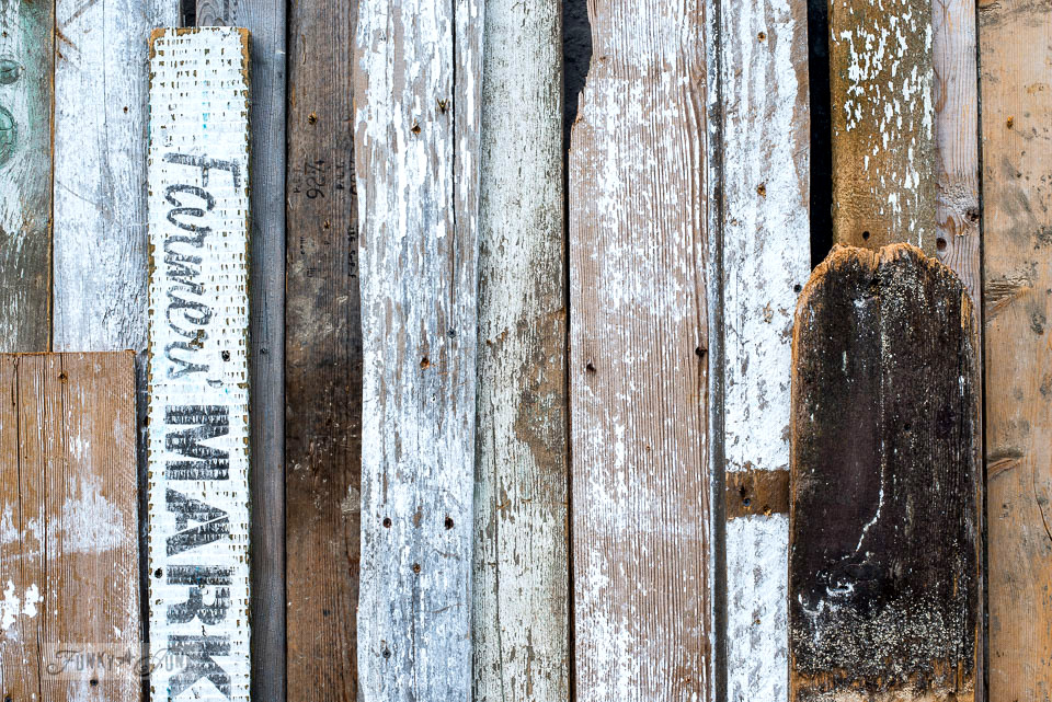 The making of a reclaimed wood boarded wall for outdoors. \ funkyjunkinteriors.net