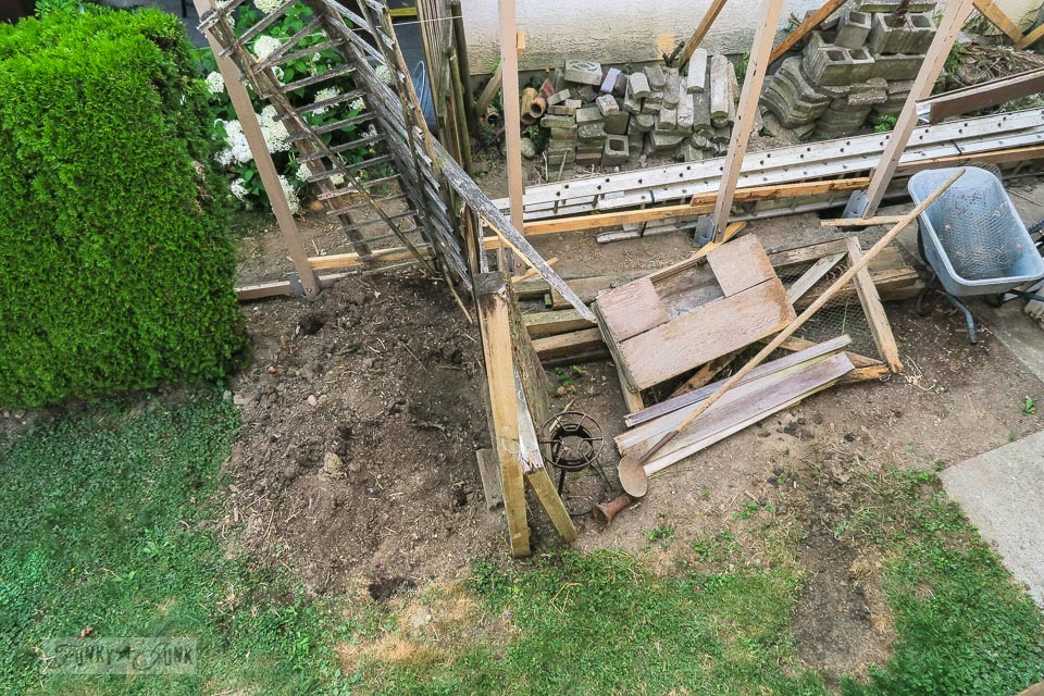 Storage yard cleanup in a backyard - the before | funkyjunkinteriors.net
