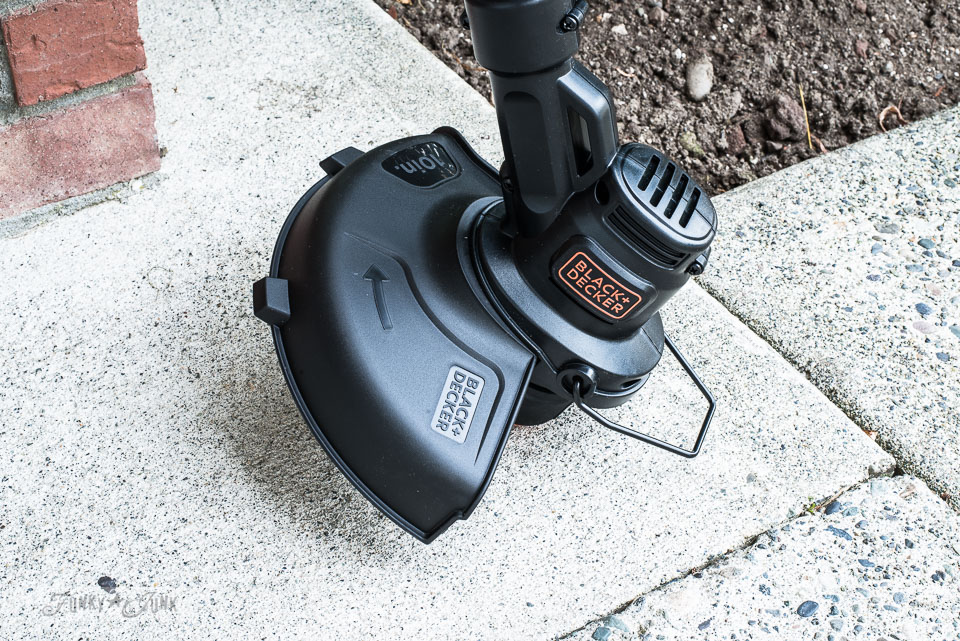 A great yard tool for women - my newest weed trimmer which is a Black + Decker 20V String Trimmer / Edger LST201. And why I love it! funkyjunkinteriors.net