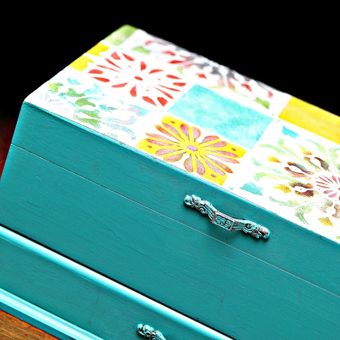 Tile-look stenciled Jewelry box by Petticoat Junktion, featured on Funky Junk Interiors