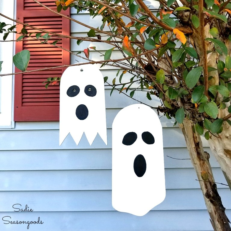 Fan blade outdoor Halloween ghosts by Sadie Seasongoods, featured on Funky Junk Interiors