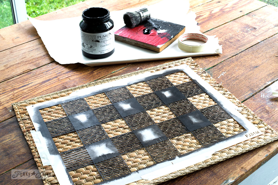 Plain rattan placemats from Ikea get the Buffalo Check and Plaid Shirt treatment for beautiful paint yourself patterns! | funkyjunkinteriors.net