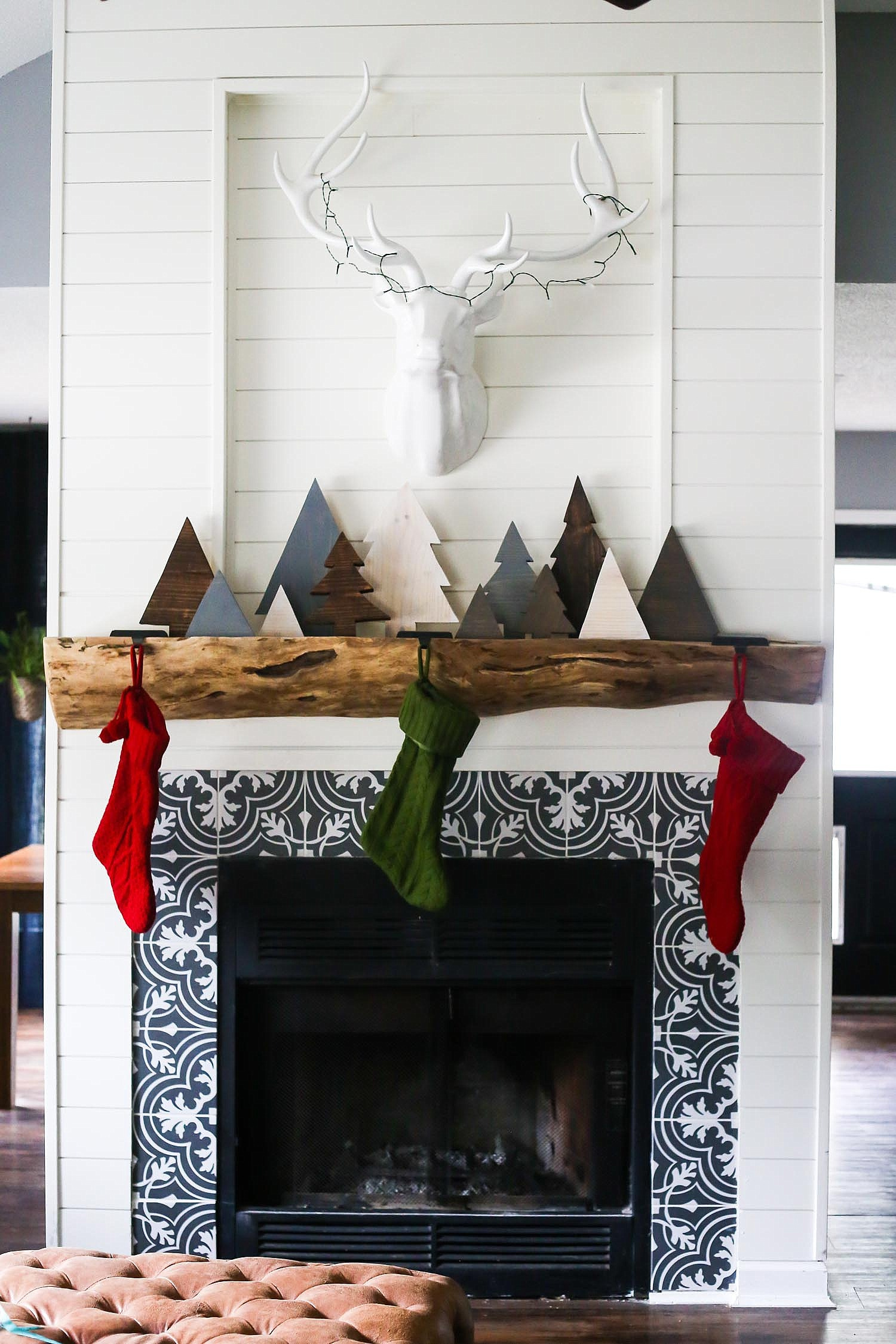 Reclaimed Wood Christmas Trees On A Mantel By Love And Renovations Featured Funky Junk