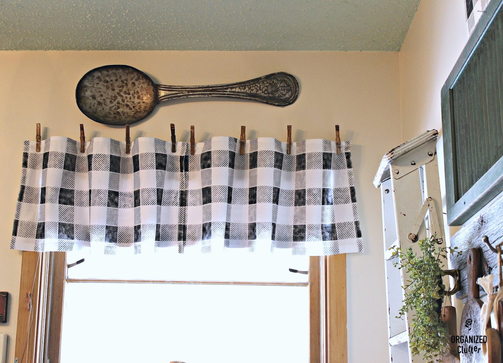 Buffalo checked no sew flour sack kitchen valance by Organized Clutter, featured on Funky Junk Interiors