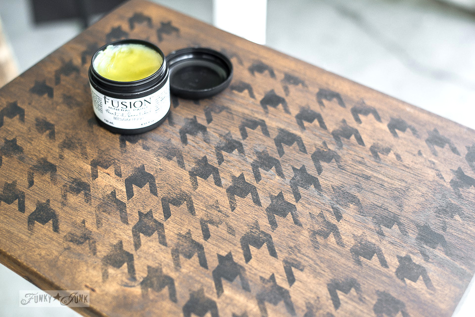 Applying Fusion Mineral Paint's Beeswax to a Houndstooth stenciled TV tray with Funky Junk's Old Sign Stencils