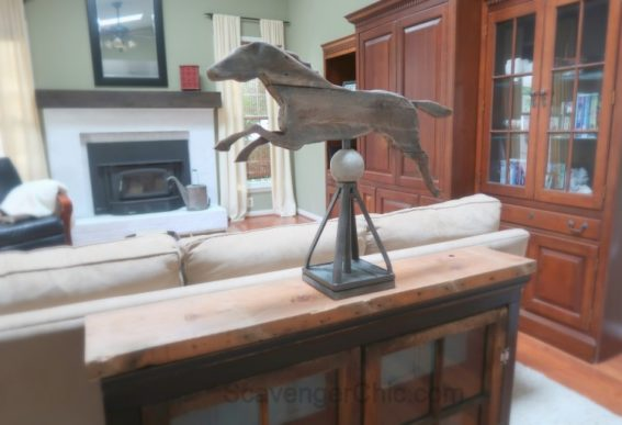 Upcycled-Car-Jack-and-Pallet-Wood-Horse-Weathervane-012