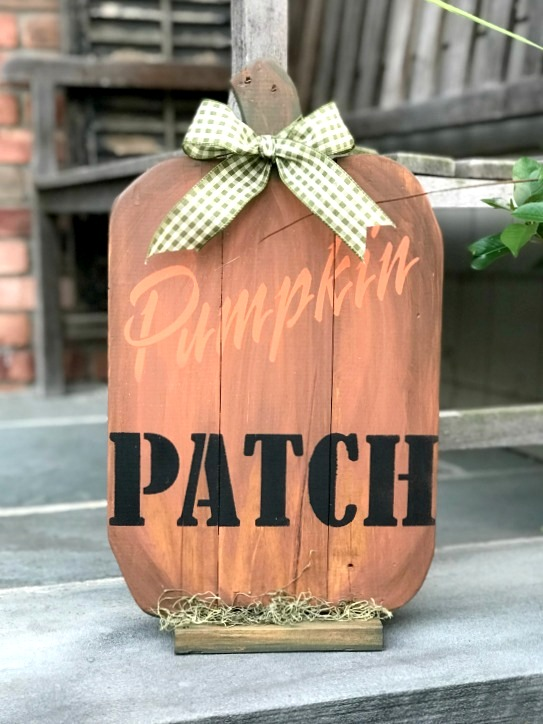 Shaped pallet wood fall pumpkin patch sign by Homeroad, featured on Funky Junk Interiors