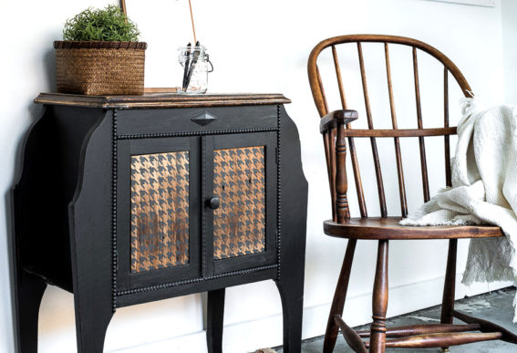 Black sidetable with stenciled Houndstooth wood panels-006