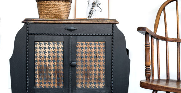 Black sidetable with stenciled Houndstooth wood panels-008