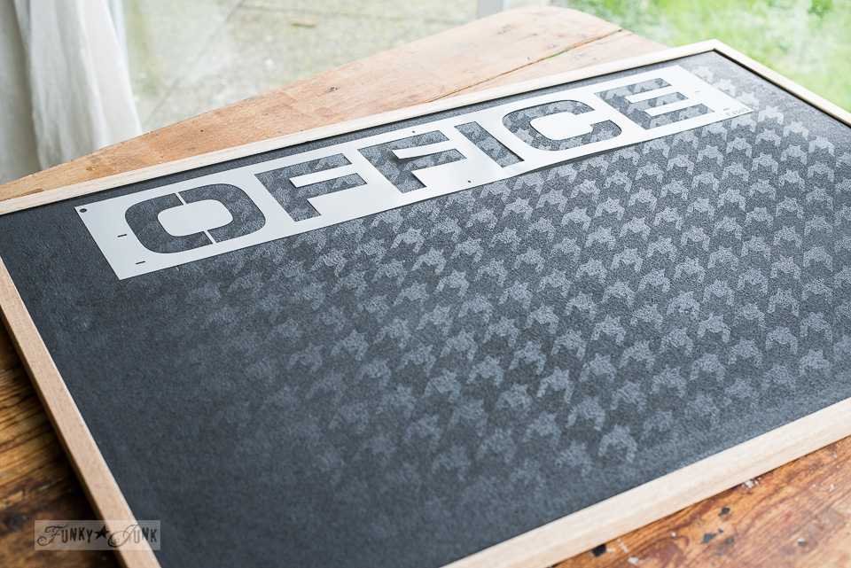 Learn how to make this upscale Houndstooth Office bulletin board with paint and Funky Junk's Old Sign Stencils! #office #stencils #fusionmineralpaint #oldsignstencils