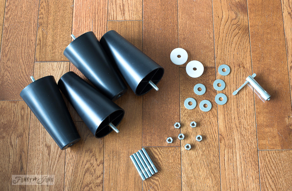 This is all the hardware that comes with an Ektorp 3.5 sofa. Click to learn how to assemble!
