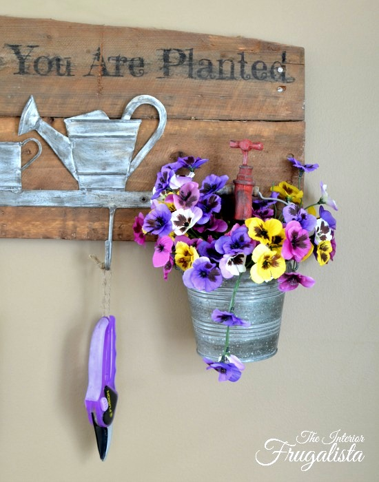 Garden tool hanger planter sign by Interior Frugalista, featured on Funky Junk Interiors