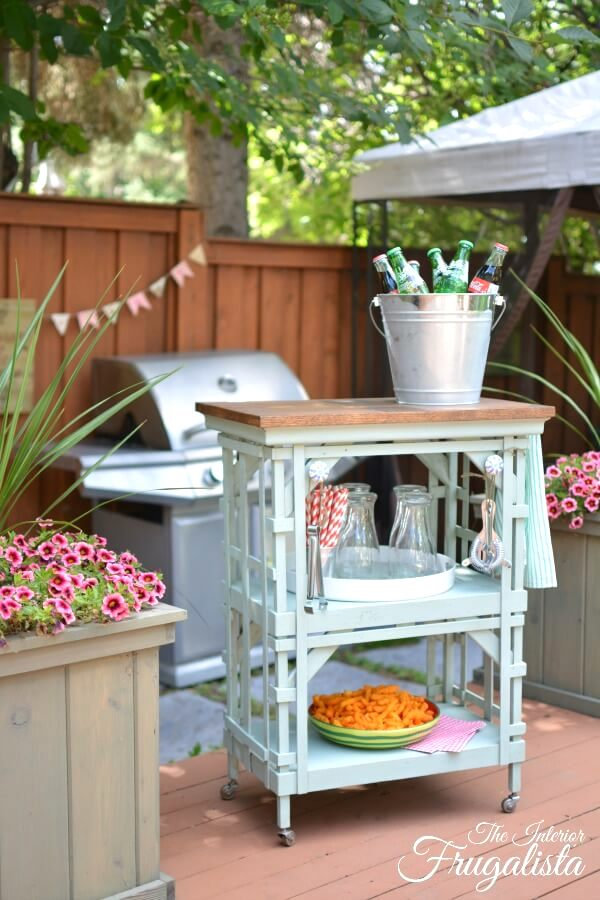 Outdoor beverage bar cart shelf by Interior Frugalista, featured on DIY Salvaged Junk Projects at Funky Junk Interiors
