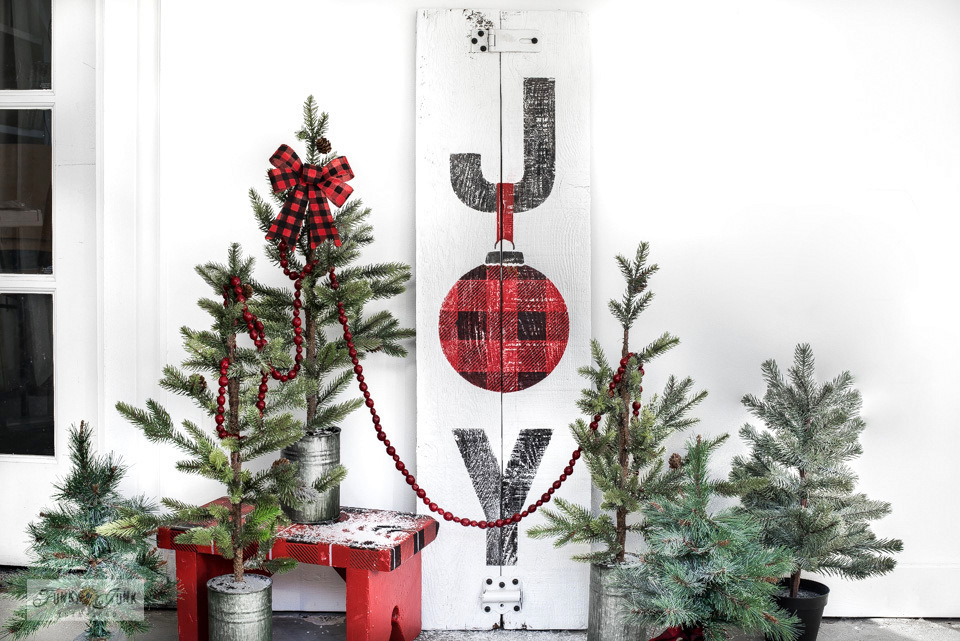 Learn how easy it is to stencil this festive Joy Buffalo Check Christmas sign on reclaimed wood with JOY and JOY ORNAMENTS and BUFFALO CHECK from Funky Junk's Old Sign Stencils! Click for full tutorial including helpful video.