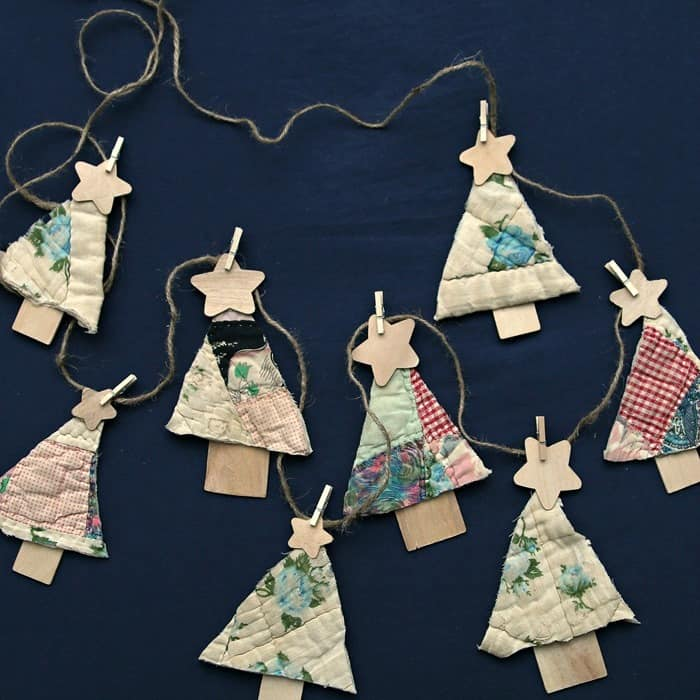 Quilt Christmas Tree banner by Petticoat Junktion, featured on Funky Junk Interiors