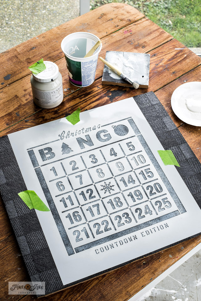 Learn how to make a Buffalo Check Christmas Countdown Bingo board with a bulletin board, stencil and paint!