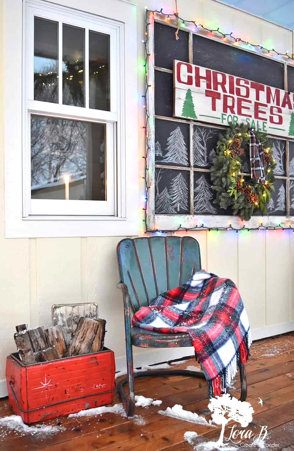 Christmas front porch decorating tour by Lora B, featured on Funky Junk Interiors