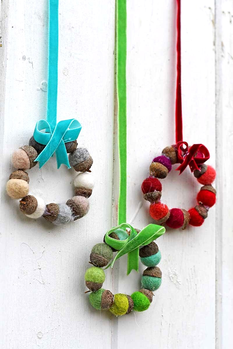 Faux felt acorn Christmas wreaths by Pillar Box Blue, featured on Funky Junk Interiors