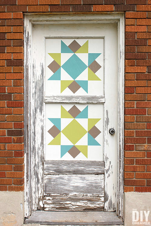 Barn quilt door by The DIY Dreamer, featured on DIY Salvaged Junk Projects 510 on Funky Junk Interiors