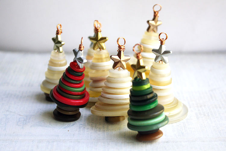 DIY Button Christmas Tree Ornaments by Crafty Hope, part of a DIY Salvaged Junk Projects 508 feature on Funky Junk Interiors