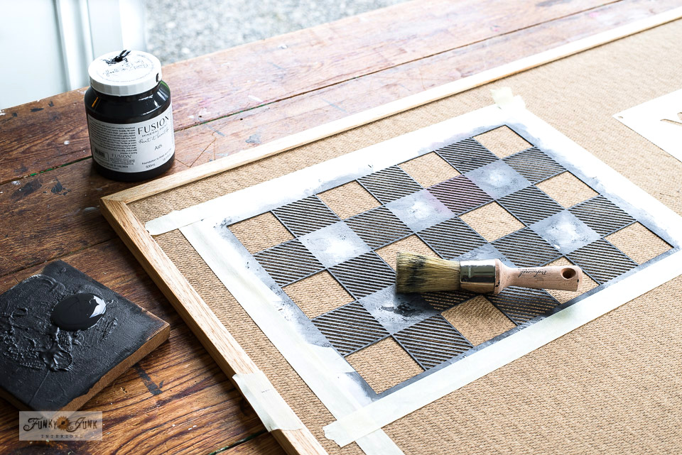Learn how to create a Checkers checkerboard with a Buffalo Check stencil! Click for full tutorial plus video! #buffalocheck #checkers #oldsignstencils #stencils